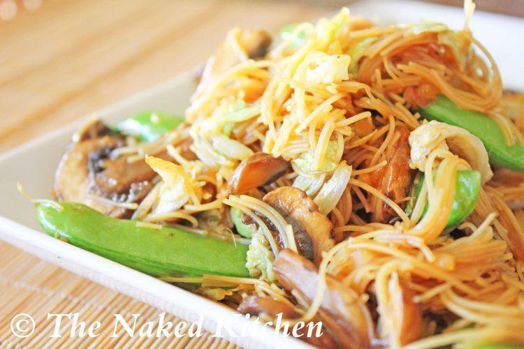 Chow Mei Fun (Stir Fried Noodles)