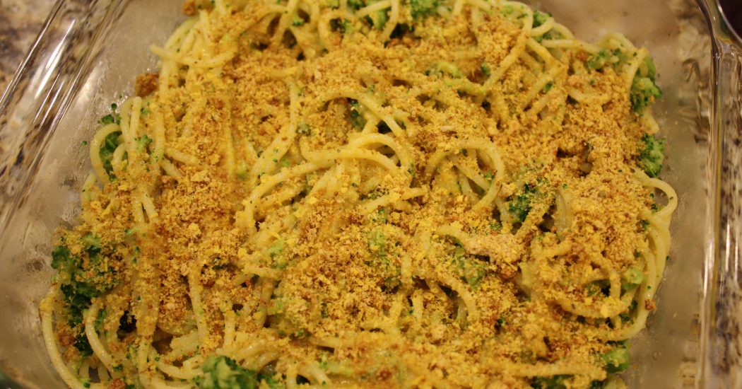 Creamy Garlic Pasta with Broccoli finish